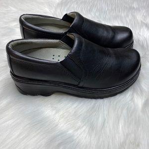 Klogs Black Slip On Support Clogs Slip Resistant